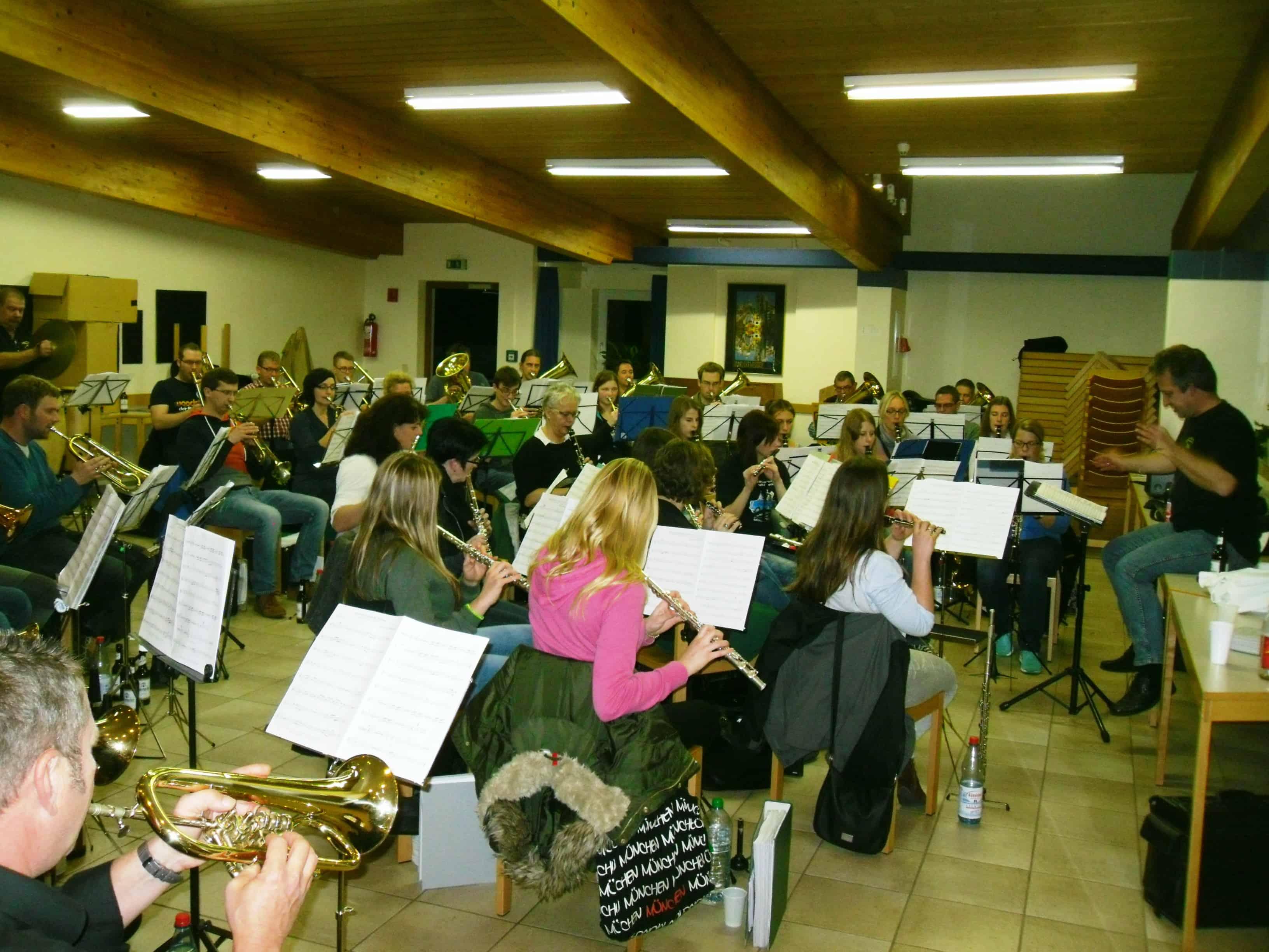 Das OKM-Stammorchester beim Probewochenende 2015 in Oberbernhards